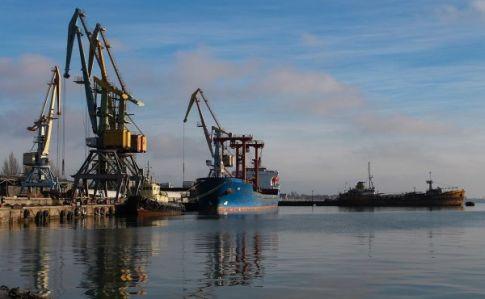 Росія частково розблокувала порти в Азовському морі