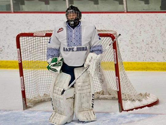 """""""Українська ніч"""": канадські хокеїсти вийшли на лід у вишиванках"""