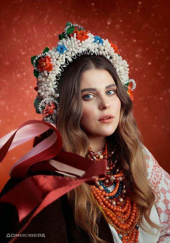"""""""Коловорот добра"""": одягнені українськими зірками наряди з Черкащини допомагають відновити столичний музей старожитностей, створений уродженцем Черкащини…"""