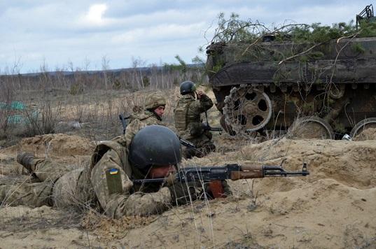 На Дніпропетровщині відбулися масштабні навчання з бойовою стрільбою
