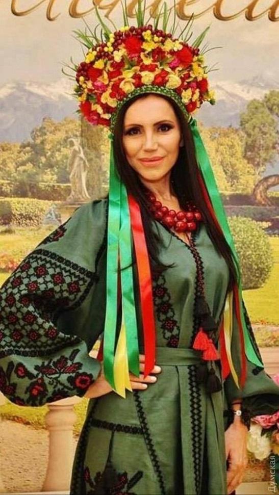 60-річна українка перемогла на конкурсах краси у Болгарії та США