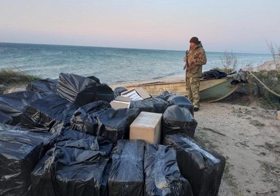 Прикордонники спільно з СБУ та військовою прокуратурою ліквідували морський канал контрабанди з ОРДЛО