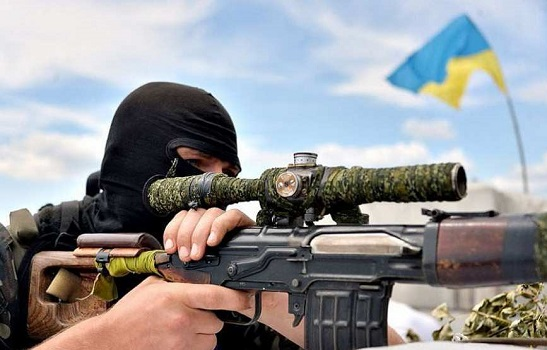 """Український снайпер ліквідував кулеметника """"ДНР"""""""