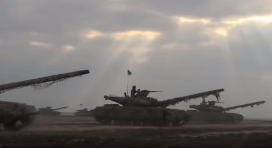 Готові нанести несподіваний удар: танкісти ЗСУ відпрацювали ведення нічного бою