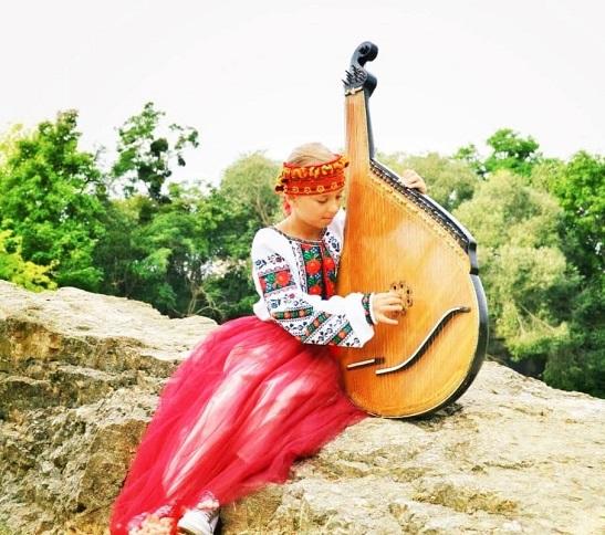 Наймолодшим композитором України визнано 8-річну житомирянку