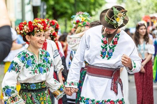 Українські етнічні костюми визнано найкращими на міжнародному фестивалі у Німеччині