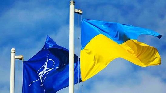 Україна візьме участь у двох операціях НАТО: в Іраку і на морі