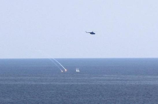 Морська авіація ЗСУ відпрацювала вогневі удари по надводних і підводних цілях