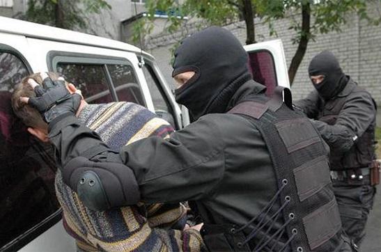 """СБУ арештувала терориста з проросійського бандформування, якому захотілося український закордонний паспорт, щоб """"пасматрєть Європу"""""""