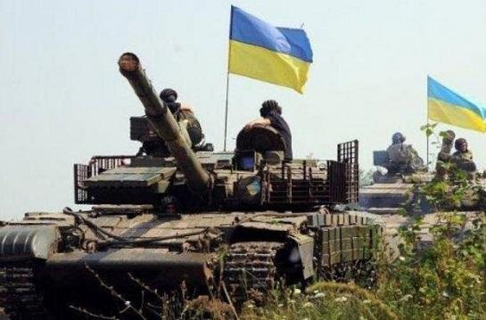Українські танкісти резерву ООС провели бойові навчання на Донбасі