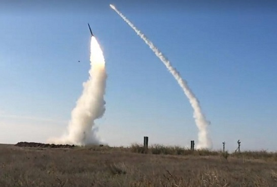 """Українські зенітники на """"відмінно"""" уразили повітряні цілі з комплексів С-300ПТ"""