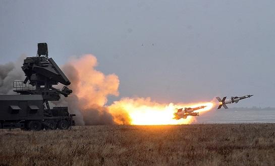 """Ракетні стрільби ЗСУ: """"Золотоношу"""" потопили двома пострілами…"""