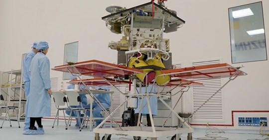 Льотний зразок українського космічного апарата дистанційного зондування Землі «Січ-2-1» проходить випробування