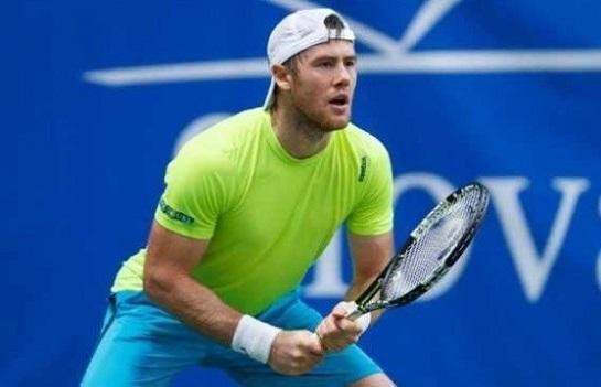 Український тенісист переміг росіянина і прорвався до чвертьфіналу престижного турніру в Італії