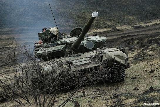 На Луганщині танкісти продемонстрували високу готовність до бою