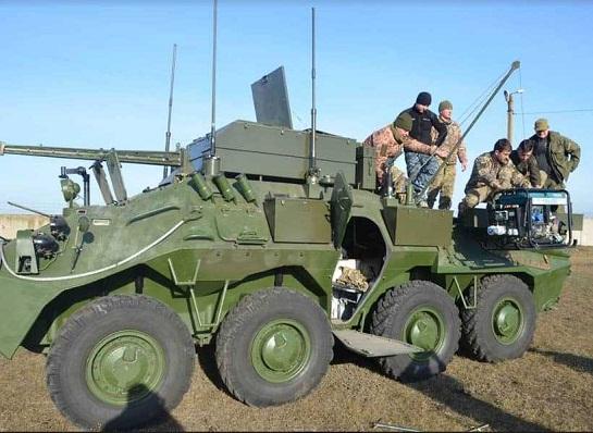 На озброєння ЗСУ прийнято командно-штабну бронемашину К-1450