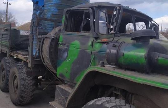 Поблизу Широкиного протитанковою ракетою знищено вантажівку проросійських терористів