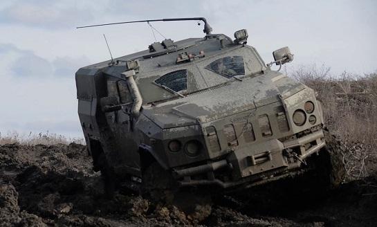 """У бригаді ЗСУ """"Холодний Яр"""" на Донбасі помічено свіжі технічні розробки: спецбронемашину """"Новатор"""" і ракетний комплекс """"Амулет"""""""