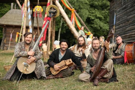 Популярний музичний гурт Kozak System знявся у кіноролі середньовічних козаків-музикантів
