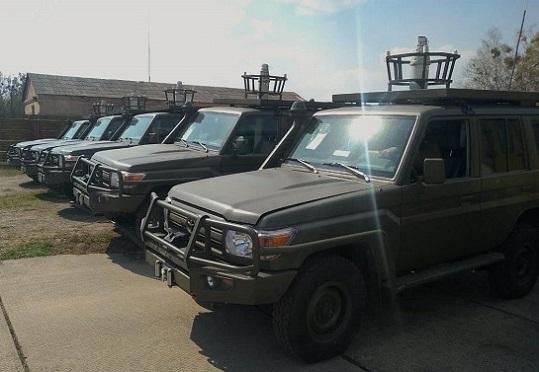 США передали ЗСУ партію спецавтомобілів на базі позашляховиків  Toyota Land Cruiser 70