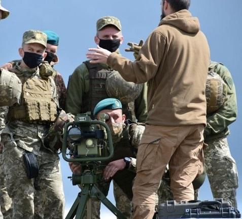 """Військові випробували легкі ракетні комплекси """"Корсар"""", здатні знищити ціль з будь-яким типом броні"""