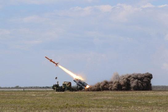 """На Одещині тривають ракетні стрільби. Крилаті ракети """"Нептун"""" готують до постачання у ВМС України"""