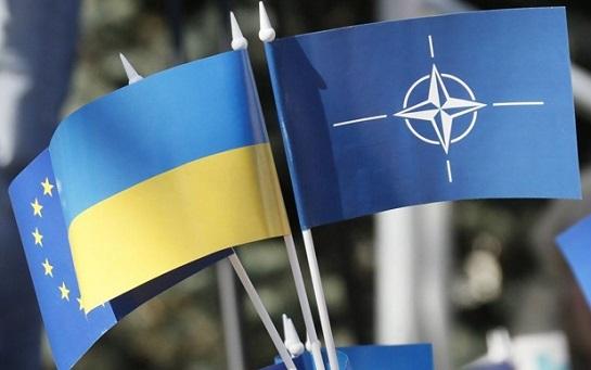 Вибір українців: якщо політичний союз – то Європейський, якщо військовий – то НАТО