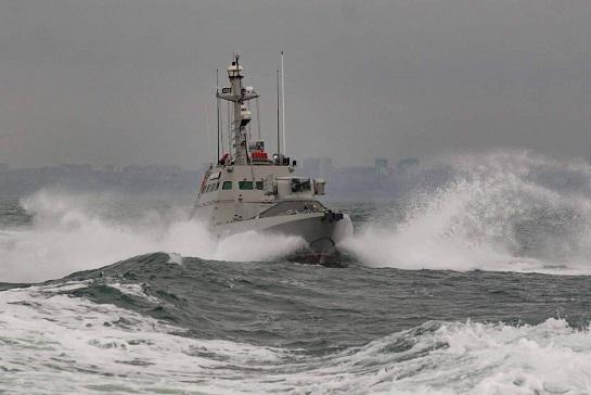 """У Чорному морі пройшов бойові випробування новий броньований артилерійський катер """"Костопіль"""""""