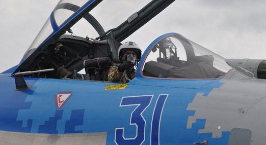 """У харківських курсантів-льотчиків розпочалася """"практика"""" на бойових літаках"""