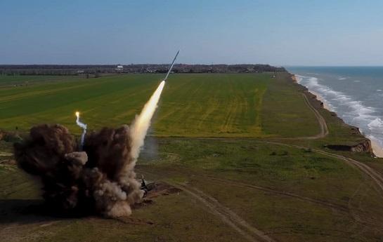 """Ракетний комплекс """"Вільха"""" зможе нищити ворога і на відстані, більшій 120 кілометрів"""