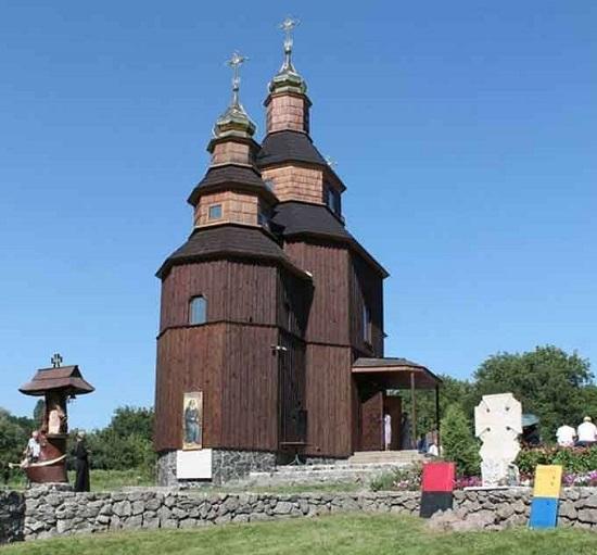 Від часу освячення унікальної козацької церкви у Холодному Яру минуло 5 років