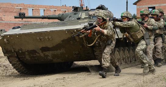 Українські військові за сприяння інструкторів НАТО відпрацювали тактику ведення бою в умовах вулиці міста…