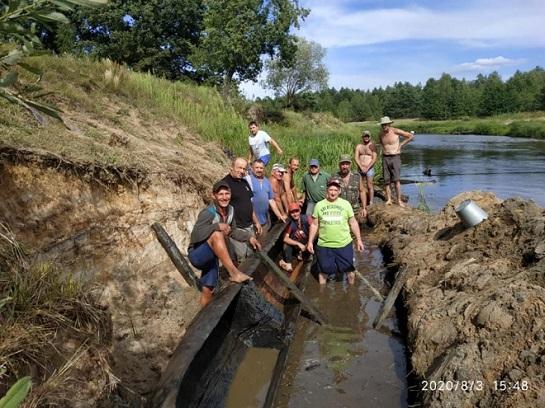 У річці Уборть на Житомирщині знайдено стародавній човен