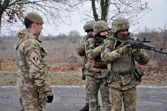 Інструктори з Великобританії підготували більше 18 тисяч українських військових