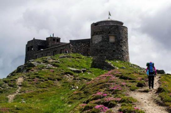 """У горах Карпат у старовинній обсерваторії зіграють виставу """"Нація"""""""