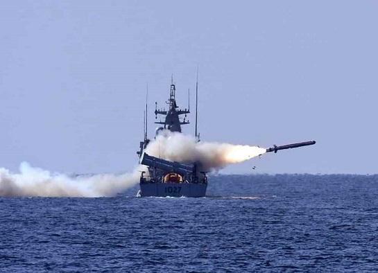 За сприяння Великобританії, ВМС України отримають вісім надсучасних ударних ракетних катерів