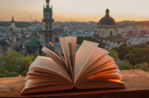 Українці почали надавати перевагу україномовним книгам
