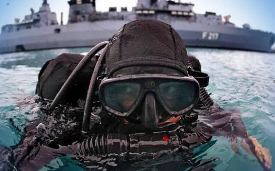 США передадуть сучасне спорядження для водолазів ВМС України