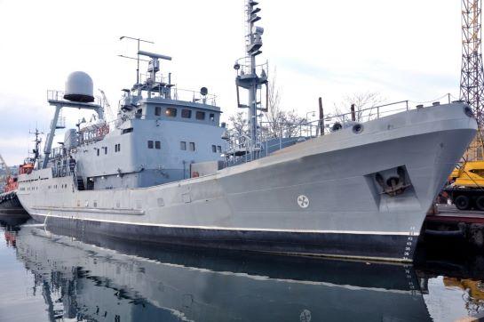 Новозбудований розвідувальний корабель ВМС України вийшов у Чорне море на випробування