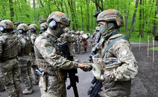 Український спецназ освятив зброю у Холодному Яру