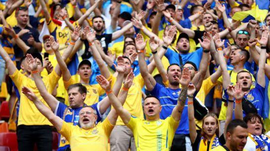 Під час переможного матчу українські фанати скандували популярну кричалку про Путіна. У Росії образились