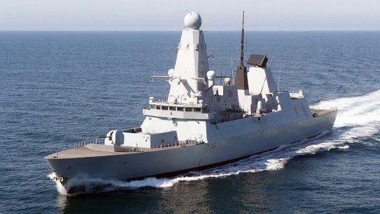 Російські вибрики у Чорному морі відносно корабля Великої Британії: що це було?