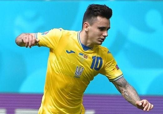 Футболіст з України потрапив у ТОП-20 кращих гравців Євро-2020 за відборами