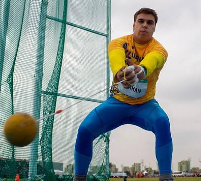 На міжнародних змаганнях з метання молота переміг українець